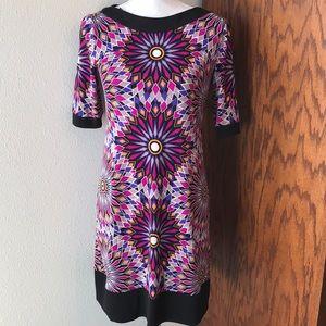🌺 Maggy London Patterned Short Sleeve Dress EUC